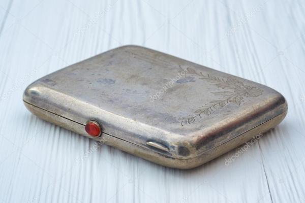 Фото: старинные портсигары. Старинный металлический ...