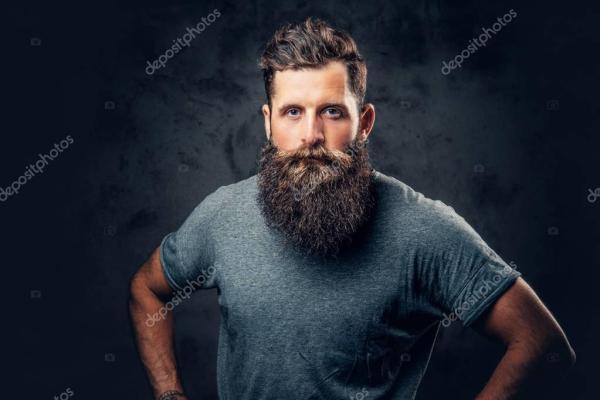 Жестокие Бородатый мужчина — Стоковое фото © fxquadro ...