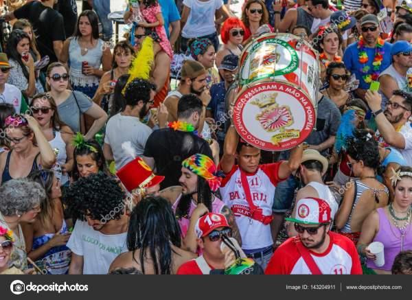 Бразильский популярный уличный карнавал с samba музыка ...