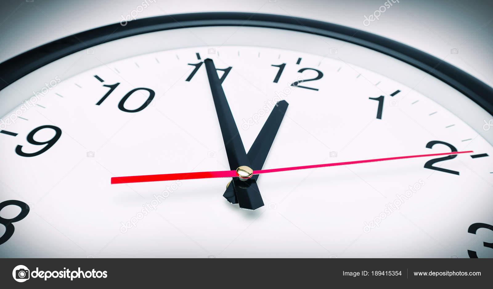 Min Clock
