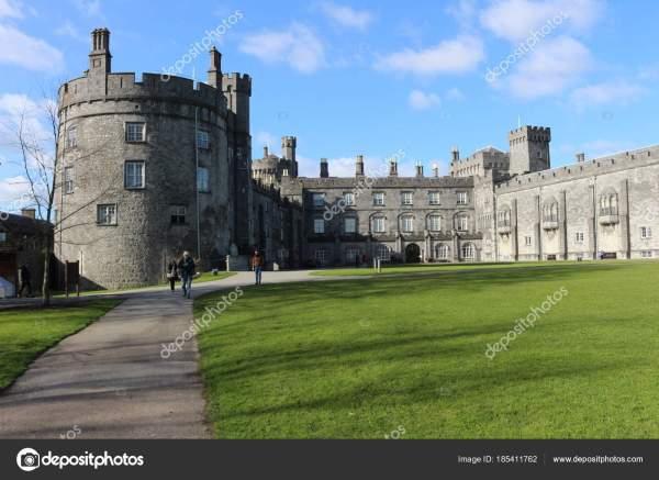 Замок Килкенни. историческая достопримечательность в ...
