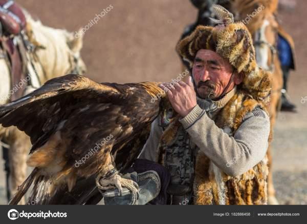 Сагсай Монголия Сентября 2017 Года Охотник Беркута Время ...