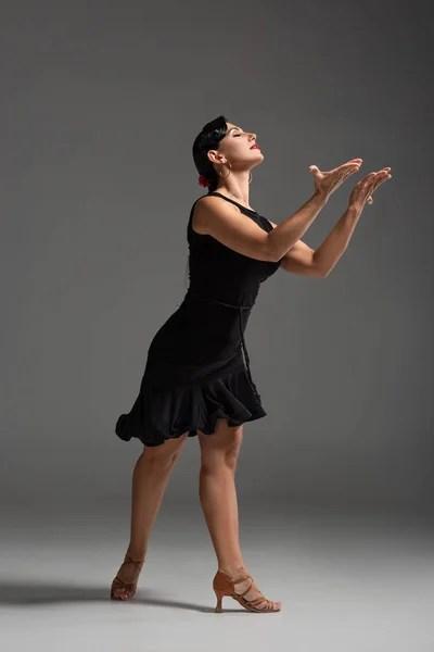 Картинки tango, Стоковые Фотографии и Роялти-Фри ...