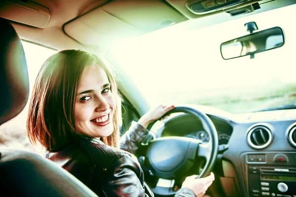 Девушка за рулем — Стоковое фото © val_th #6218431