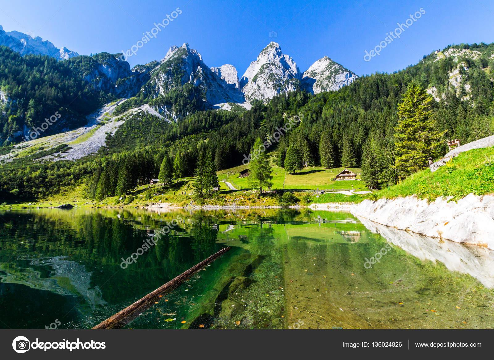 belle vue sur lac de montagne l ete gosausee region du salzkammergut haute autriche image de daliu