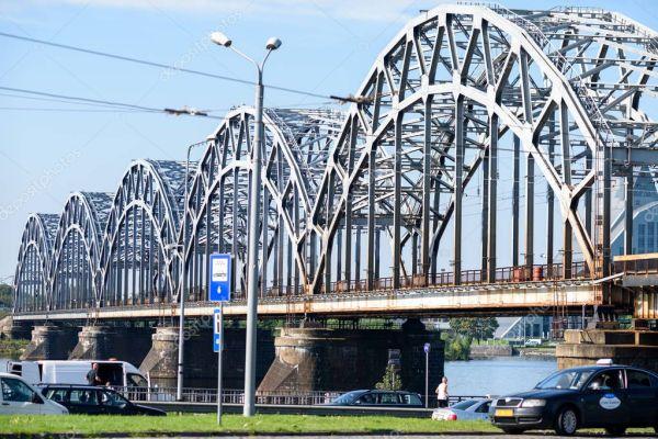 Рига Латвия Августа 2016 Железнодорожный Мост Риге Столице ...