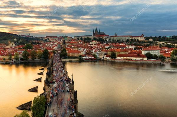 Фото осень прага. Осень в Праге Карлов мост вид сверху ...