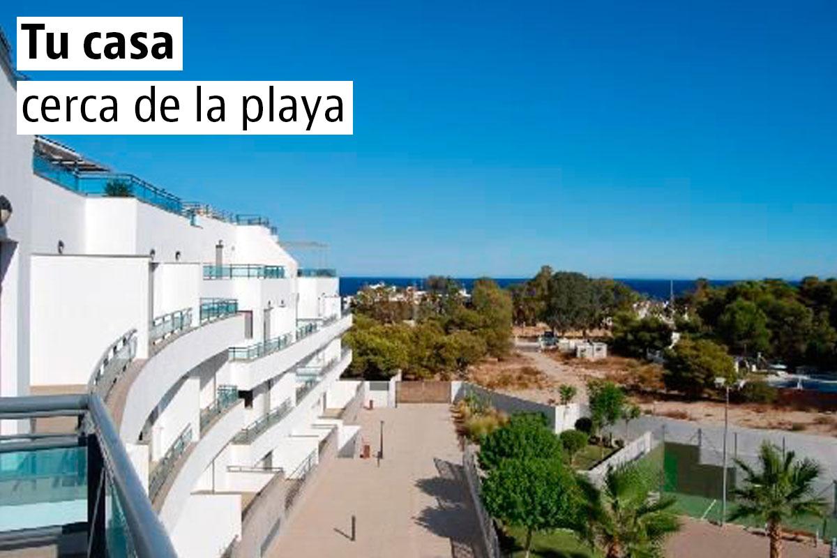 El apartamentos abastos es un alojamiento independiente situado en valencia, a 5 minutos a pie de la estación de metro ángel guimerá y a 1,4 km de la catedral. 15 Palacios y castillos en venta baratos — idealista/news