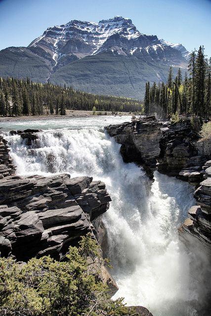 Athabasca Falls, Jasper National Park, Canadá
