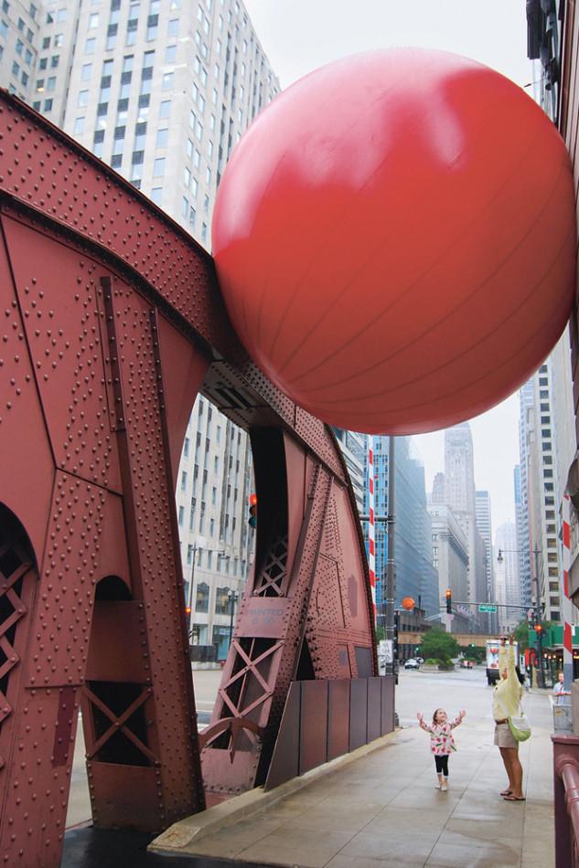 RedBall Project, Kurt Perschke (artista), 2001.