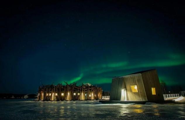 Para disfrutar de las auroras boreales / Arctic Bath/Anders Blomqvist/Pasquale Baseotto/Johan Jansson