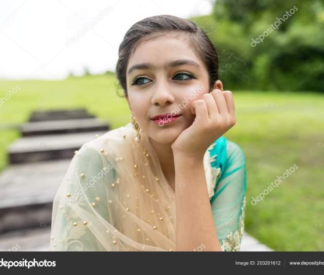 Pakistan Girl Traditional Costume Stock Photo