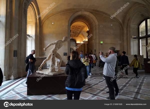 Музей Лувр Париж Франция Октября 2018 Переполненных