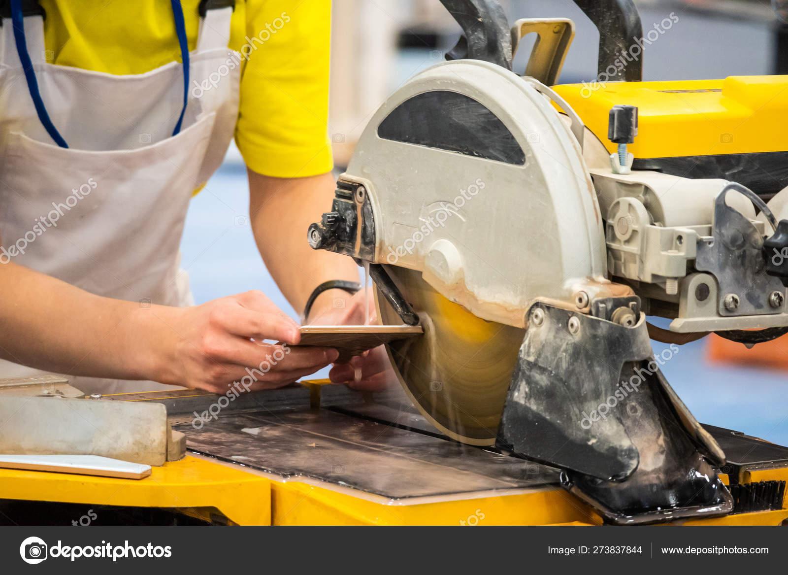 https depositphotos com 273837844 stock photo worker cuts tile circular saw html