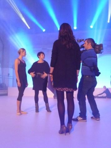 Elena Pris mit Filmteam