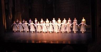 Das wunderbare Corps de ballet.