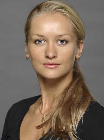 Unsere erste Solistin Elena Pris wird im Gespräch zu erleben sein.