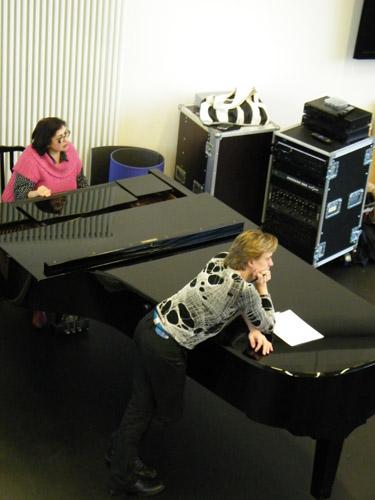 Vladimir und unsere Pianistin Marita Mirsalimova.