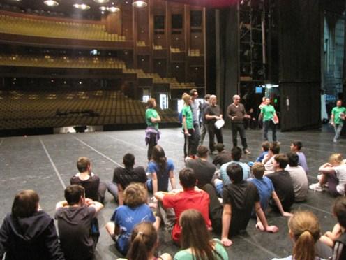 Dann ging es auf die große Bühne der Deutschen Oper.