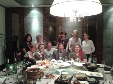 Willkommens Dinner mit Wu Promotion: Vladimir Malakhov mit unserem Team und den Kollegen von Wu Promotion, die uns nach China eingeladen haben.