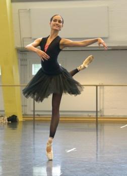 Sarah Mestrovic bei Proben zu DON QUIXOTE (c) Bettina Stöß
