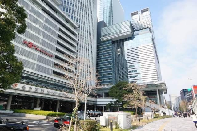 名古屋駅1階のスタバ