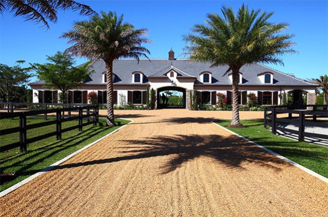 A dramatic barn entrance in Florida