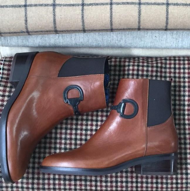Ronner Design snaffle bit boots