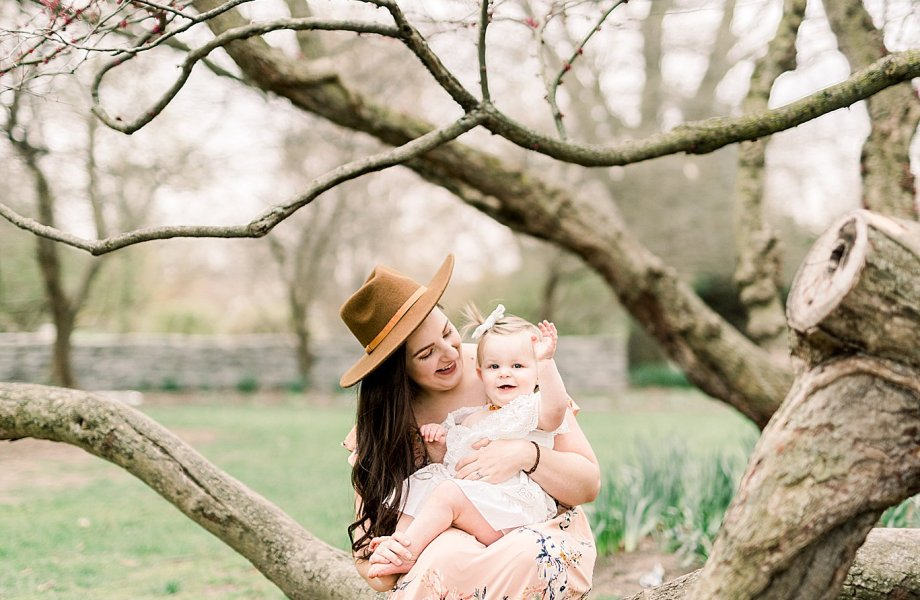 Rainbow Baby Milestone Session | Ellie