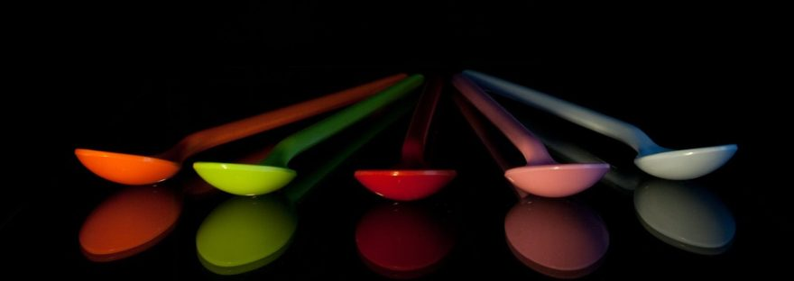 colorful reflection plastic spoons
