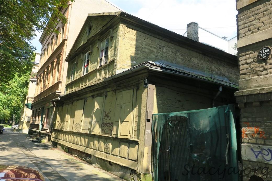 Ausekļa iela 18