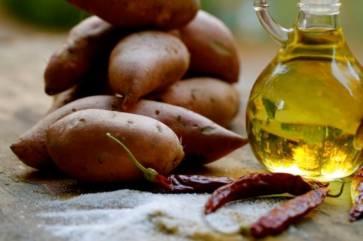 Good olive oil is one of the healthiest oils on the planet as well as being great for sautéing, baking, and frying.