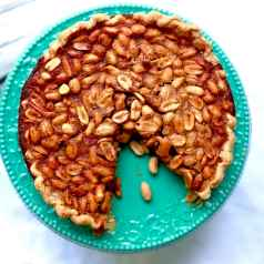 It seems to me that Peanut Pie should be the pie of Alabama!