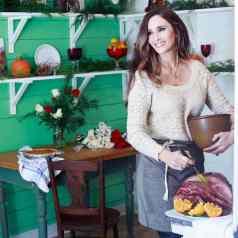 Stacy Lyn Harris at the purple door renovation
