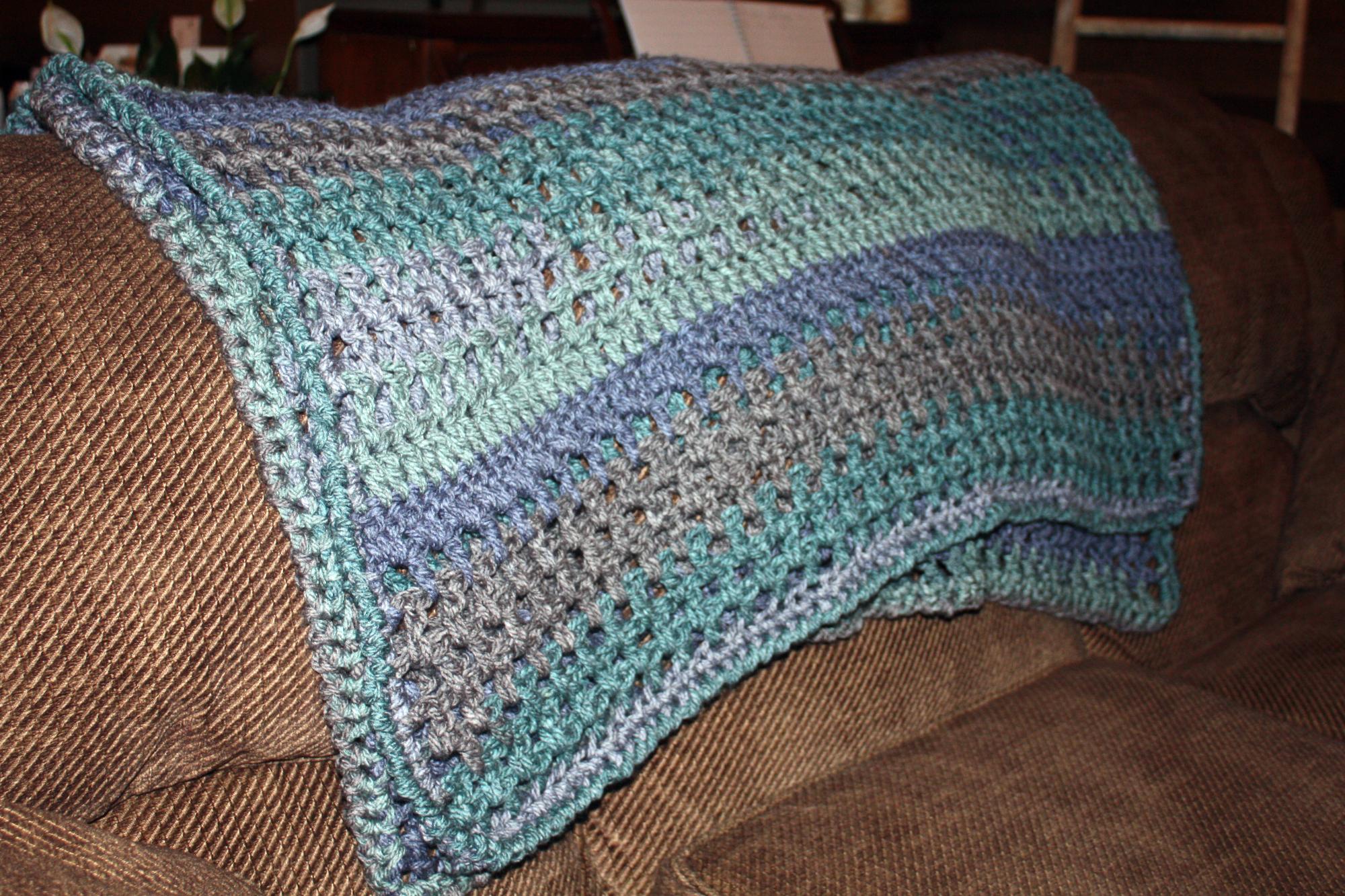 Cozy Caron Cake Throw Crochet Pattern – PDF Download