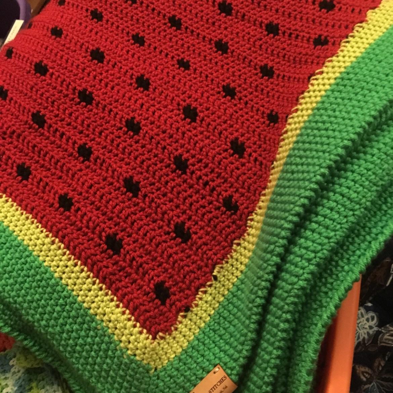 Crochet Watermelon Picnic Blanket // Free Crochet Pattern