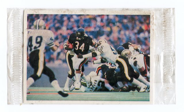 1986 Jeno's Pizza Rolls NFL Action Stickers #12 Walter Payton - $6.50