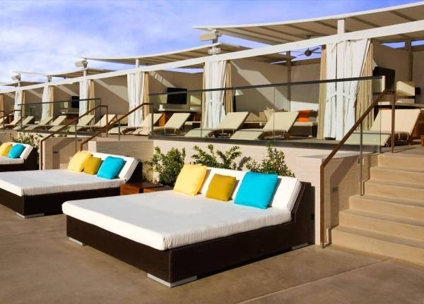 mgm grand daybed