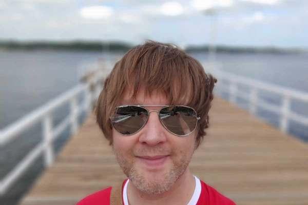 HTC Selfie 8