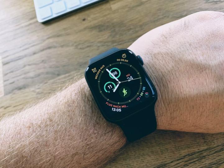 Neben Den Diesjahrigen IPhones Hat Apple Uns Im September Naturlich Auch Eine Neue Watch Series 4 Prasentiert Fur Mich Das Eigentliche Highlight Der