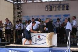Dorffest Haibach - Offizielle Eröffnung mit Bieranstich