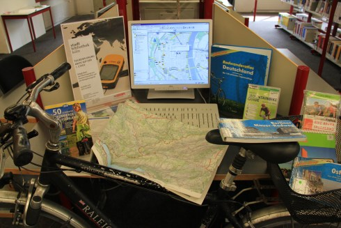 GPS, Karten, Radwandern, Wandern, Navigieren