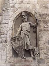 Skulptur 'De Kölsche Boor' an der Eigelstein-Torburg