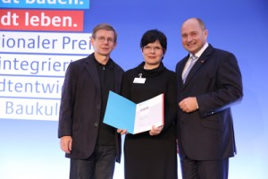 E.Heumeyer, Ines Senftleben, Staatssekretär Bomba, Preisverleihung, 2012