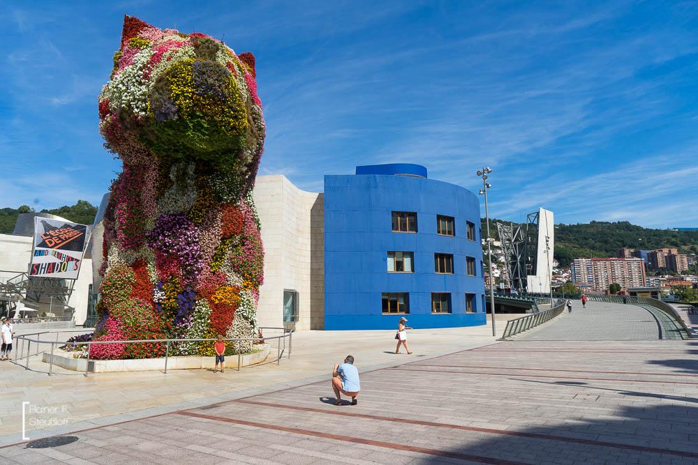 Bepflanzter Hund von Jeff Koons