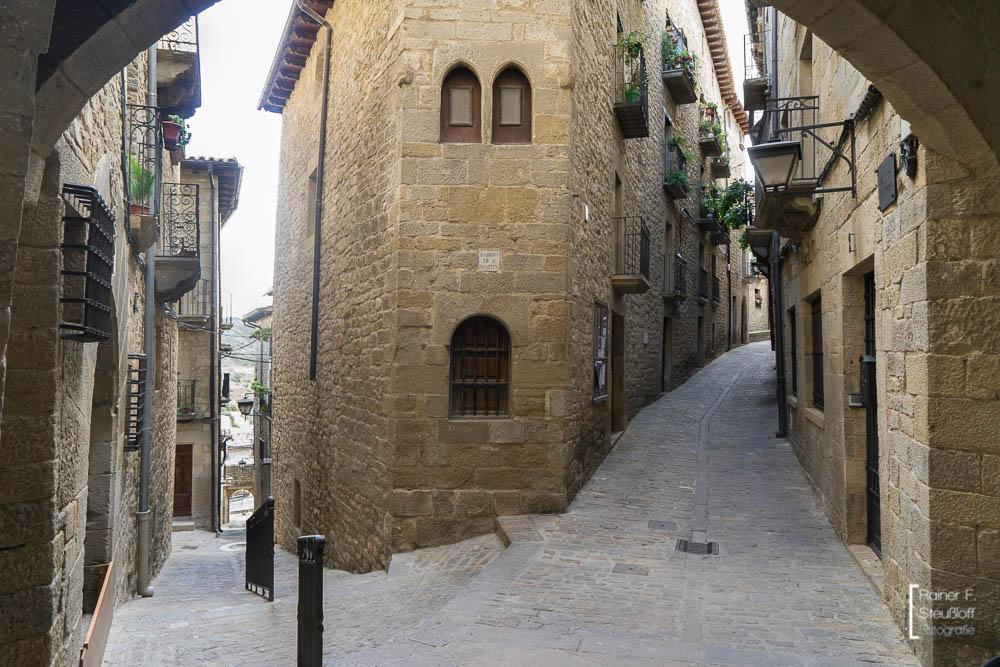 Strassengewirr in Sos del Rey Católico