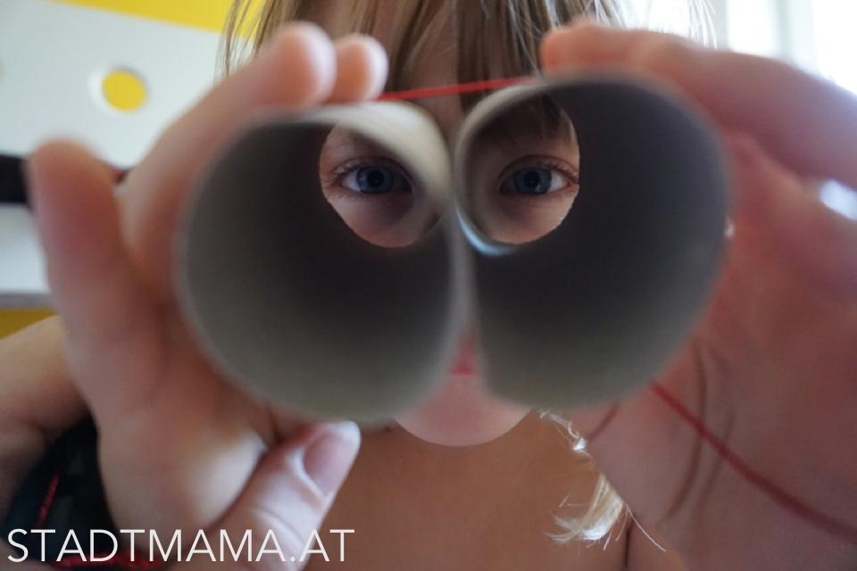 Fernglas aus Klopapierrollen basteln