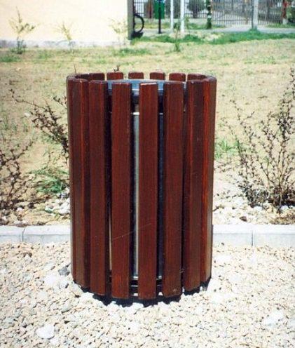 Abfallbehälter aus Holzelementen KO-01