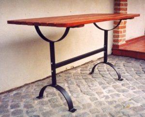 Gartentisch aus Edelstahl S-46