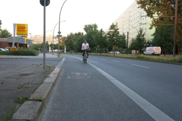 Radweg an der Mollstraße - vorbildlich